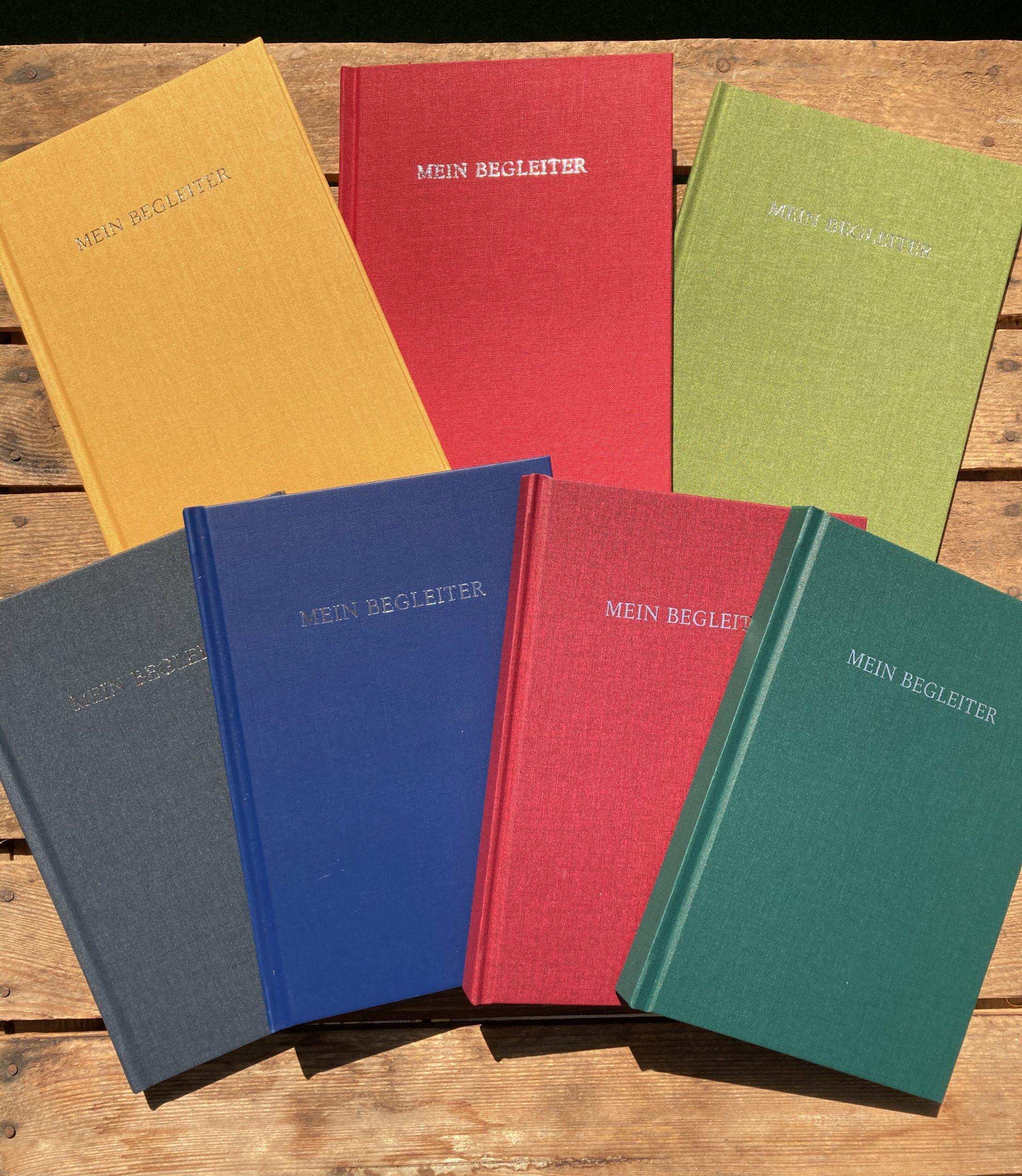7 Farben, Buchleder und Leinen